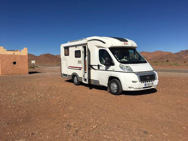 Camping Car Adria Compact 6M70 2 places